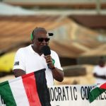 Video- Prez Mahama Charges Crowd With Usain Bolt Signature